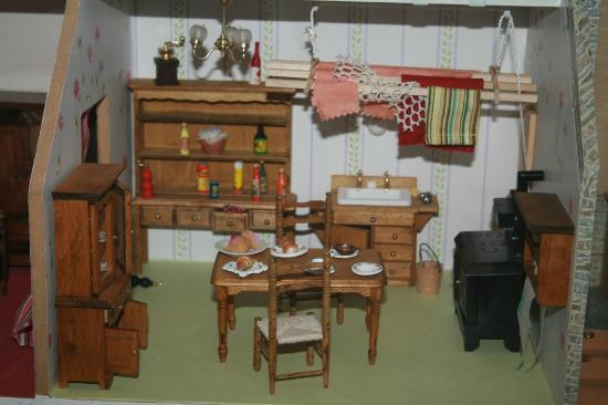 jouet maison bois perfect maison jouet en bois with jouet maison bois excellent melissa and. Black Bedroom Furniture Sets. Home Design Ideas