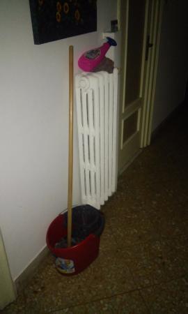 B&B Ai Girasoli : Corridoio accanto al primo bagno assegnatomi