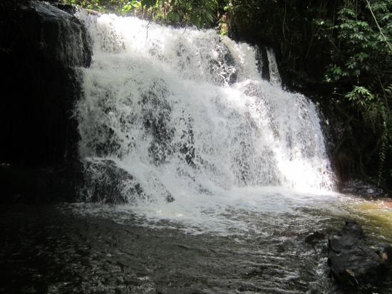 Kagera Region, Tanzânia: Kyamunene water fall