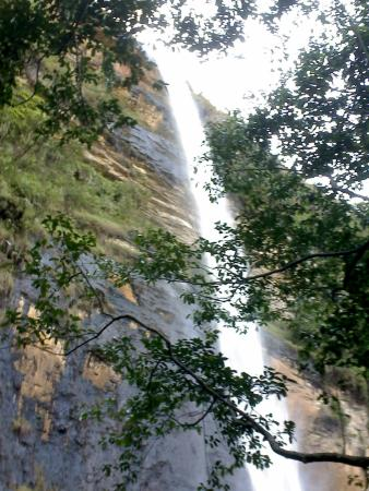 Kagera Region, Tanzania: water falls