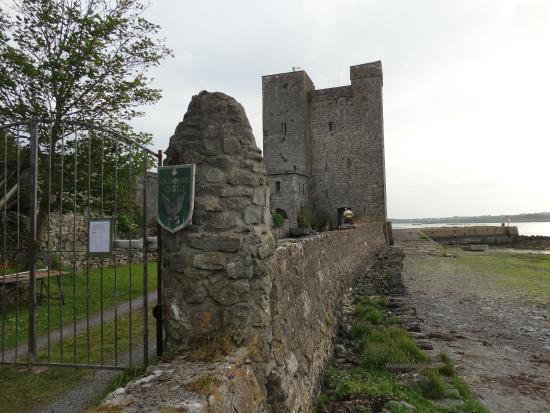 Oranmore Castle
