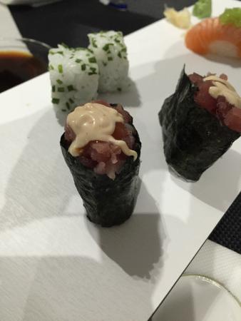Gunkan tartar de atún