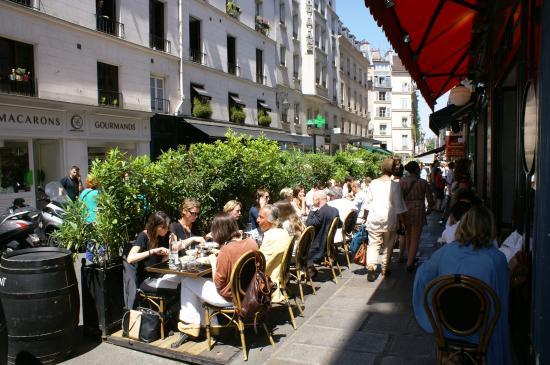 Marché de la rue de Buci : Rue se Seine  , près de la Rue de Buci