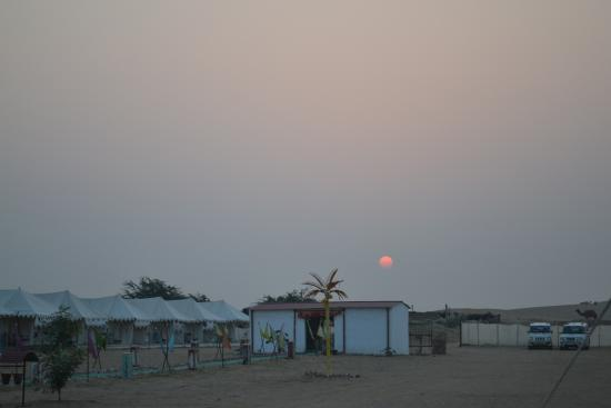 Mehar Adventure Safari Camp: Sunrise