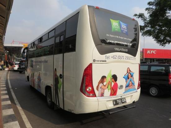 空港への送迎バス Picture Of Ibis Budget Jakarta Airport Tangerang Tripadvisor