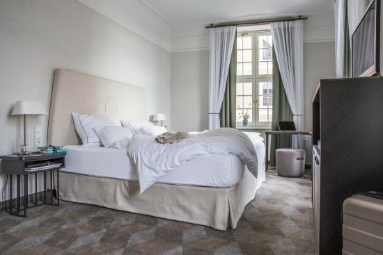 superior zimmer bild von gewandhaus dresden autograph collection dresden tripadvisor. Black Bedroom Furniture Sets. Home Design Ideas