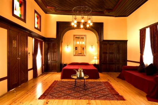Alp Pasa Hotel: Living a Pasha's dream. Lie back and imagine you are an Ottoman Pasha or Merchant.