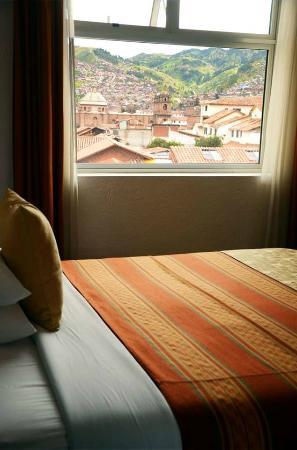 Hotel Suenos del Inka: Vista desde nuestras habitaciones / View from our rooms