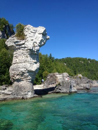Tobermory, Canada: A formation that looks humanoid.