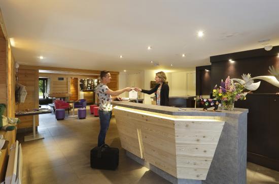 Mieussy, Francia: Lobby, réception