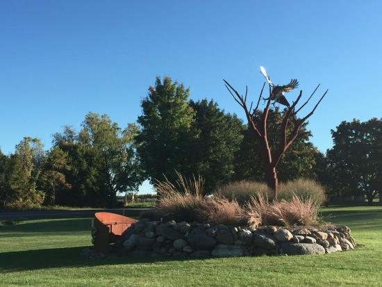 Penn Yan, NY: Sculpture at Red Tail Ridge Winery