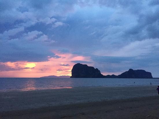 Saithong Resort: หาดปากเมง