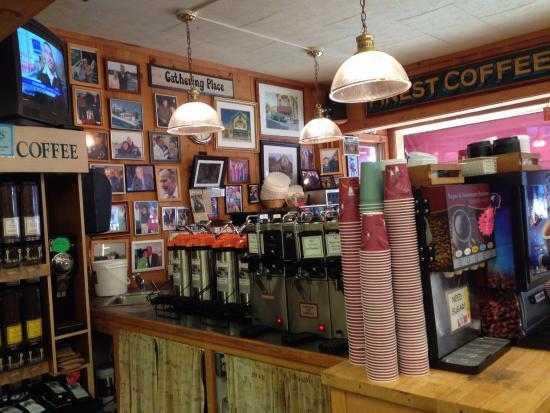 Kennebunks, ME: Coffee station
