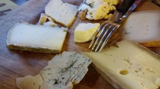 Albergo Ristorante Corno Brunni: formaggi