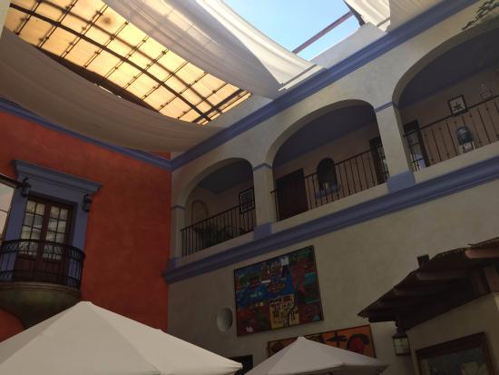 Hotel Trebol: Vista interior del hotel desde el balcón