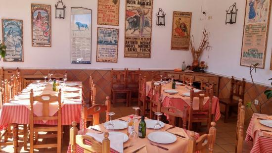 Cartajima, สเปน: Salón