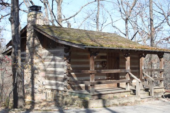 The wilderness picture of silver dollar city 39 s for Cabins near silver dollar city