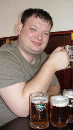 Pivovarska pivnice : пью
