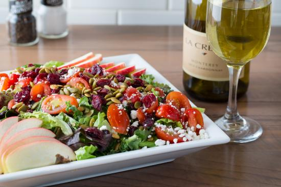 Jerry Built Homegrown Burgers: Divine Harvest Salad