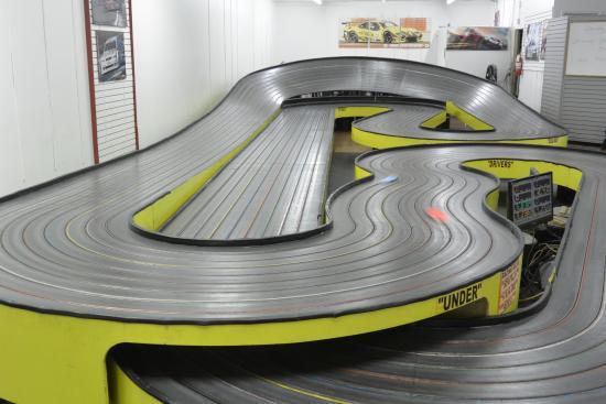 Magnatech Slot Car Raceway