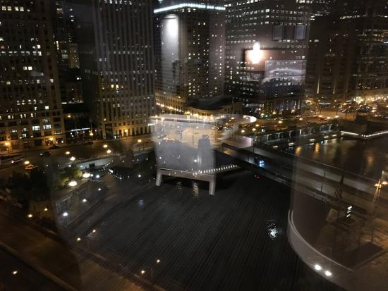 Trump International Hotel Tower Chicago View From Room At Night