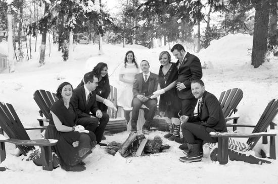 Port Carling, Canada: Front of Inn Wedding Photo