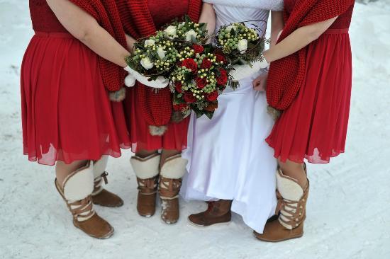 Port Carling, Canada: Winter Wedding