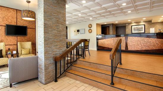 BEST WESTERN Salisbury Plaza: Lobby