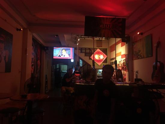 Moe's Tavern: photo0.jpg