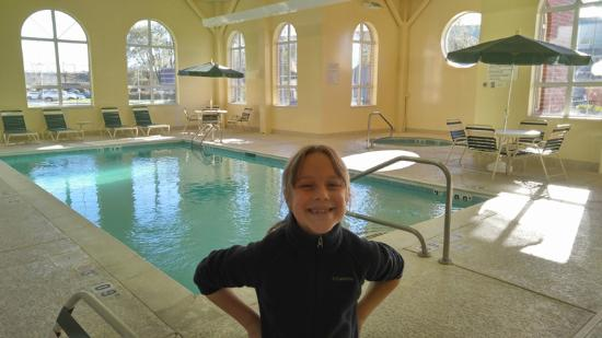 Hawthorn Suites by Wyndham Louisville East: Awesome Pool/Hot Tub Area