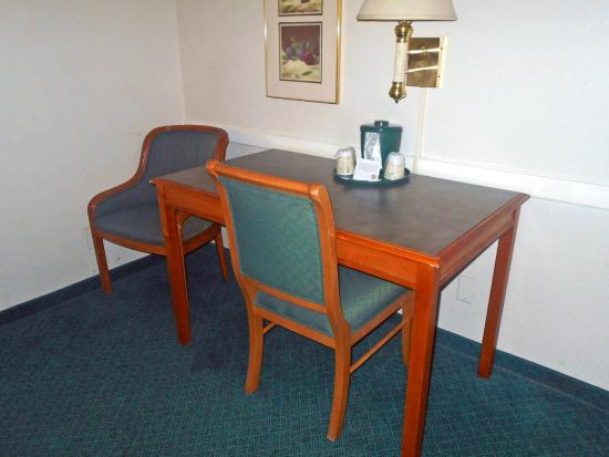 Motel 6 Jacksonville: Guest Room