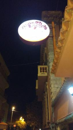 Pizza House : TA_IMG_20151123_201417_large.jpg