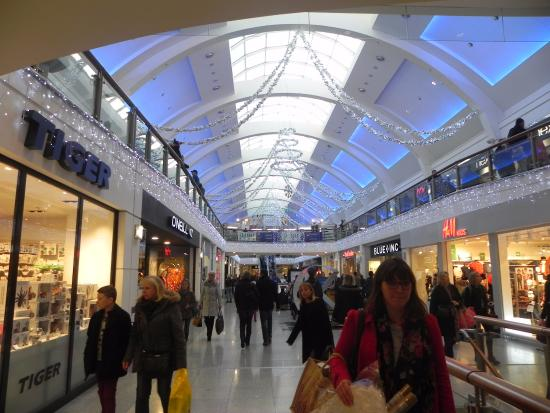With an excellent selection of 80 stores, Churchill Square is the destination for busy shoppers looking for great retail stores or somewhere to relax. Shopping Centre In Brighton .