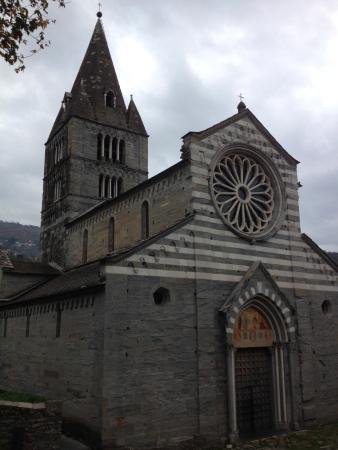 Cogorno, Italia: Базилика Фиески