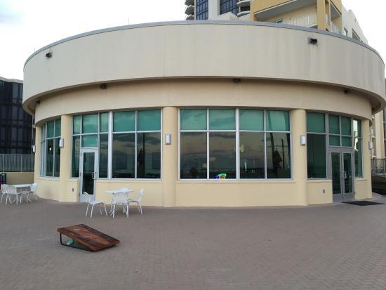 Las Olas Restaurant Grill & Bar: photo8.jpg