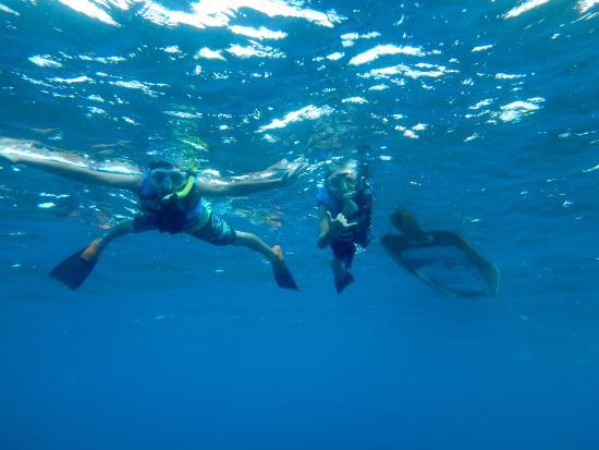 Clear Kayaks Maui: The boys snorkeling