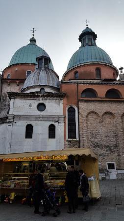 Cattedrale di San Pietro Apostolo: С другой стороны