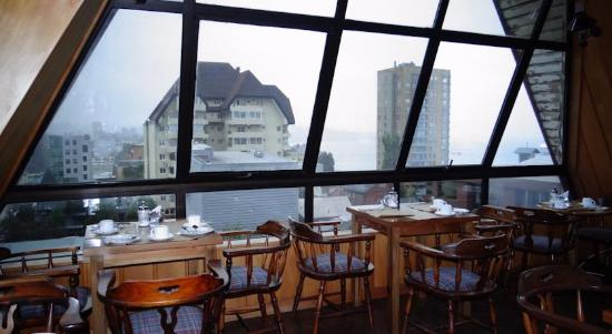 Hotel Antupiren: Desayunor