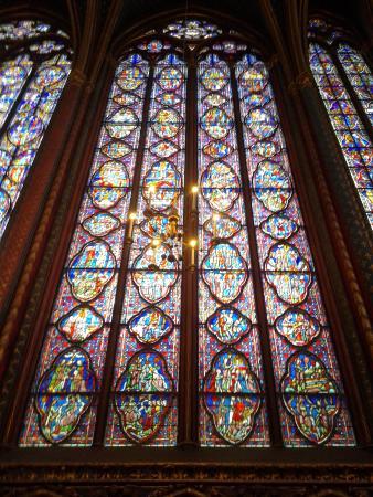 Paris, France: vitraux