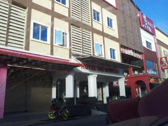 Sabak Bernam, Malaysia: hotel exterior