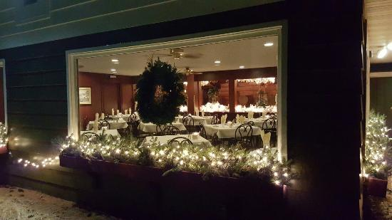 Pinewood Supper Club Picture