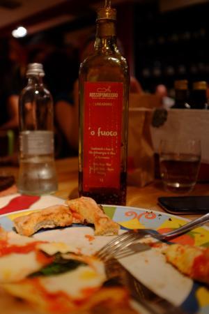 Spicy olive oil - Foto di Rossopomodoro Padova, Padova - TripAdvisor