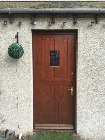 ‪‪Thirlmere‬, UK: Side Door‬