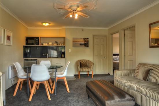 Silver Fern Rotorua - Accommodation and Spa: Two Bedroom Motel Rotorua Silver Fern