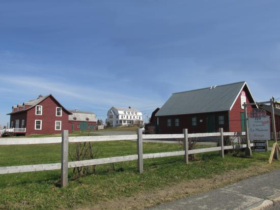 la maison rouge perce la maison rouge perce kanada omd men tripadvisor