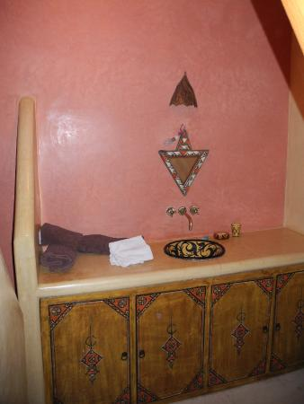 Bathroom, Riad l'Oiseau du Paradis