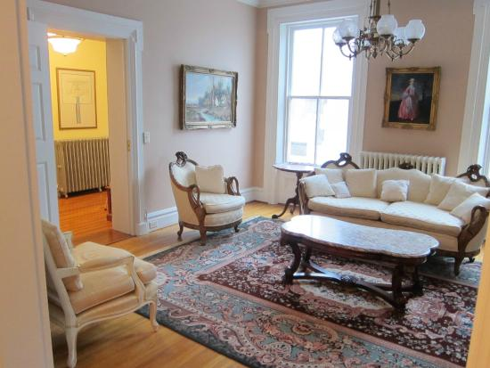 The Swope Manor Bed & Breakfast: West Parlor