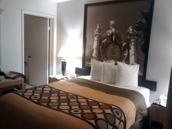super 8 san diego hotel circle picture of super 8 san. Black Bedroom Furniture Sets. Home Design Ideas
