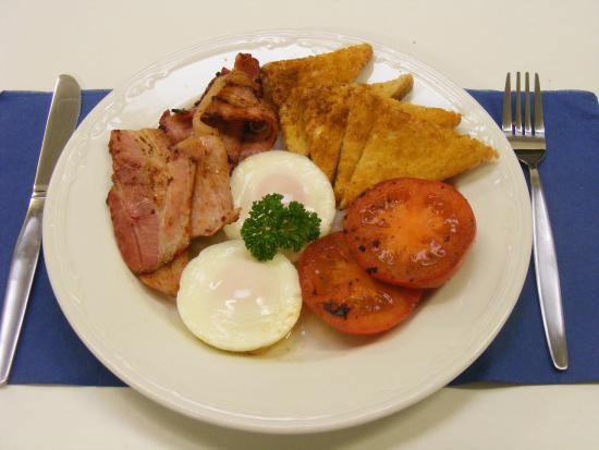 Glenelg Motel: Bacon & Eggs Cooked to order