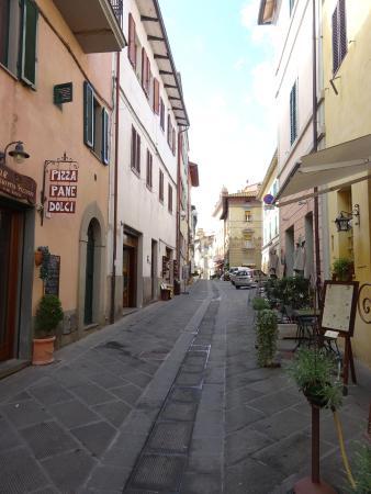 Piegaro, Italie : Street scene